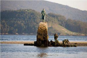 Monumento a Verne en Redondela (Pontevedra)